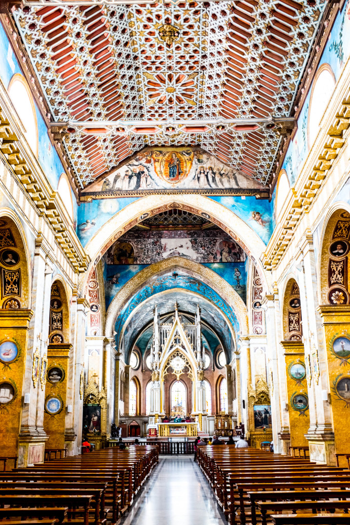 10 Best Snapshots From Ecuador - santo domingo church