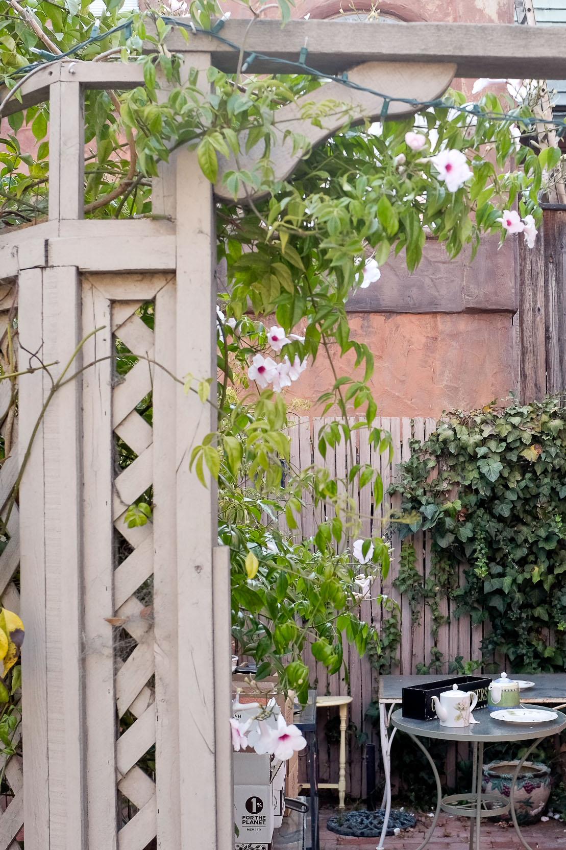 Another garden nook.