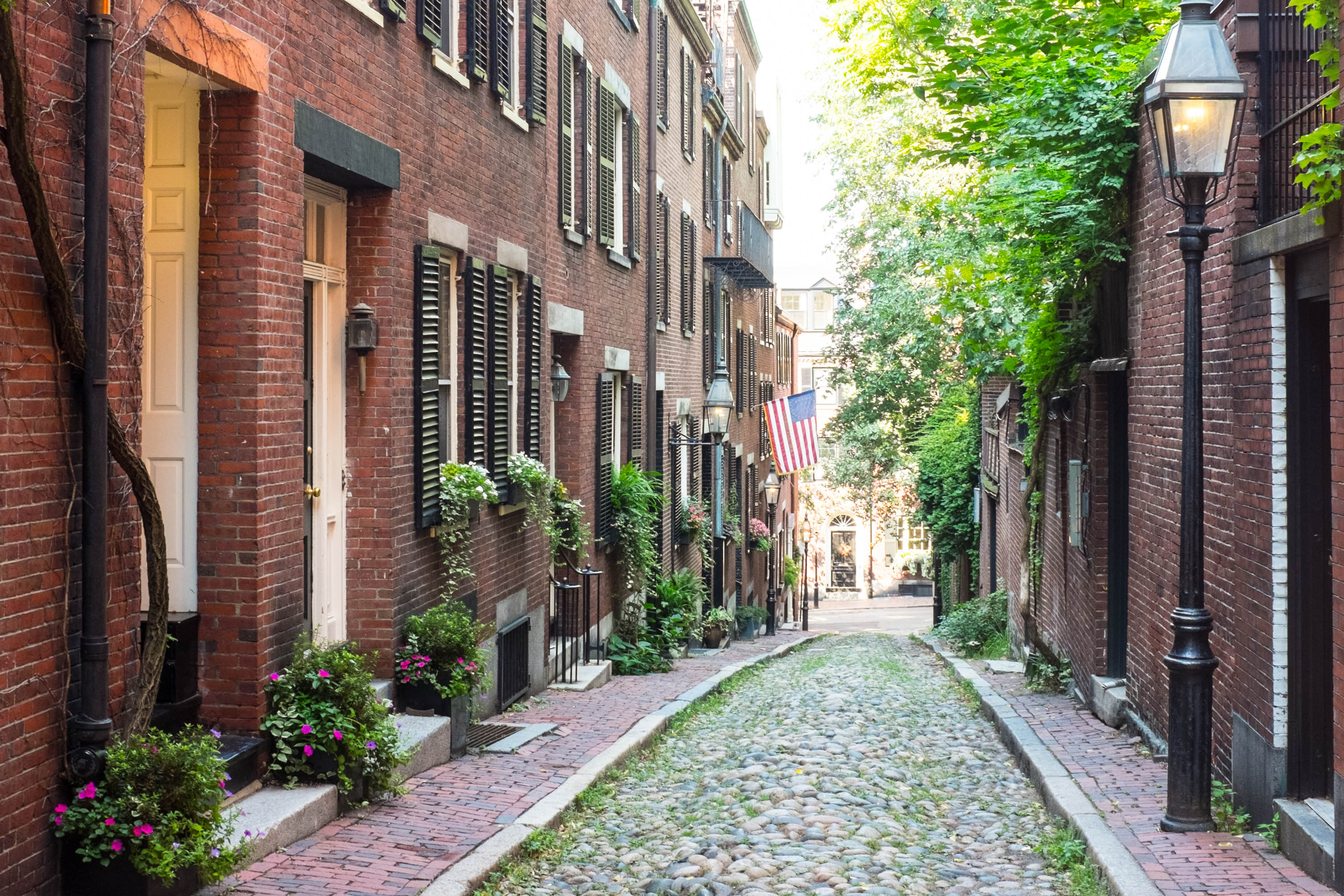 New England Charm: A Self-Guided Walking Tour in Boston